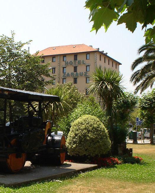 Zarauz hotela *** Zarautzen